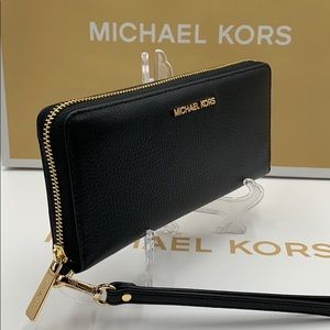 MICHAEL KORS Jet Set Travel Continental Zip